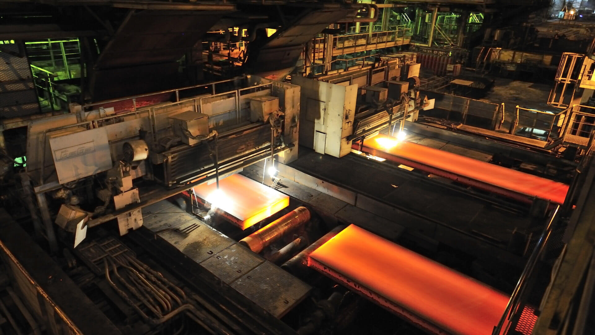 Steel Mill using planetary speed reducers to control the movement of the material through the automated production line